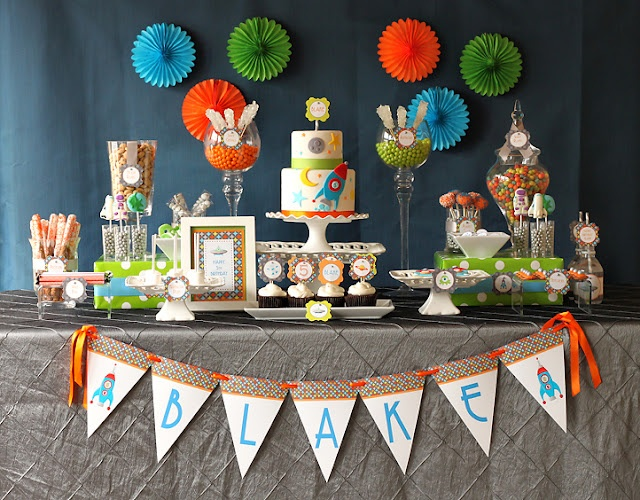 rocket party - and tons of party themed ideas!!