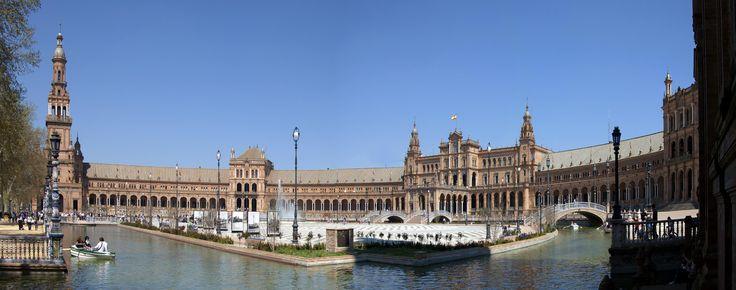 Sevilla es una ciudad maravillosa. Haz me gusta si te gusta y repin si has estado en ella. #Sevilla #Andalucia - http://comorigen.com/