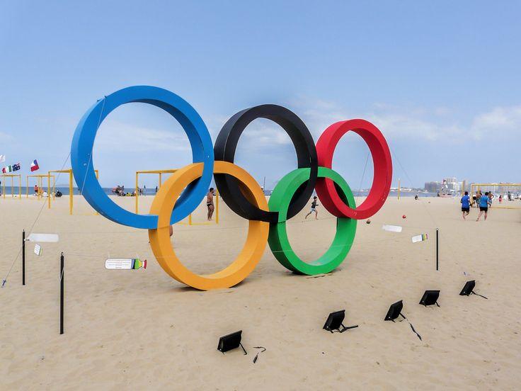 https://flic.kr/p/JFXCrm | Anéis Olímpicos Rio 2016 | Na Praia de Copacabana. Rio de Janeiro, Brasil. Que tenhamos um mês de muitas conquistas olímpicas! :-) ______________________________________________ Olympic Rings Rio 2016 At Copacabana Beach, Rio de Janeiro, Brazil. Let's have a month witth many Olympic achievements! :-) ______________________________________________. Buy my photos at / Compre minhas fotos na Getty Images To direct contact me / Para me contactar diretamente: lm...