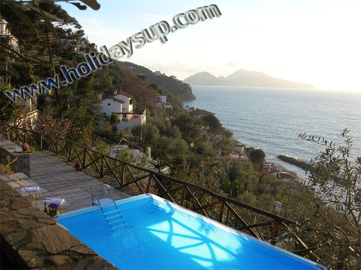 Villas in Sorrento with private pool and Isle of Capri view  More details on www.holidaysup.com Website