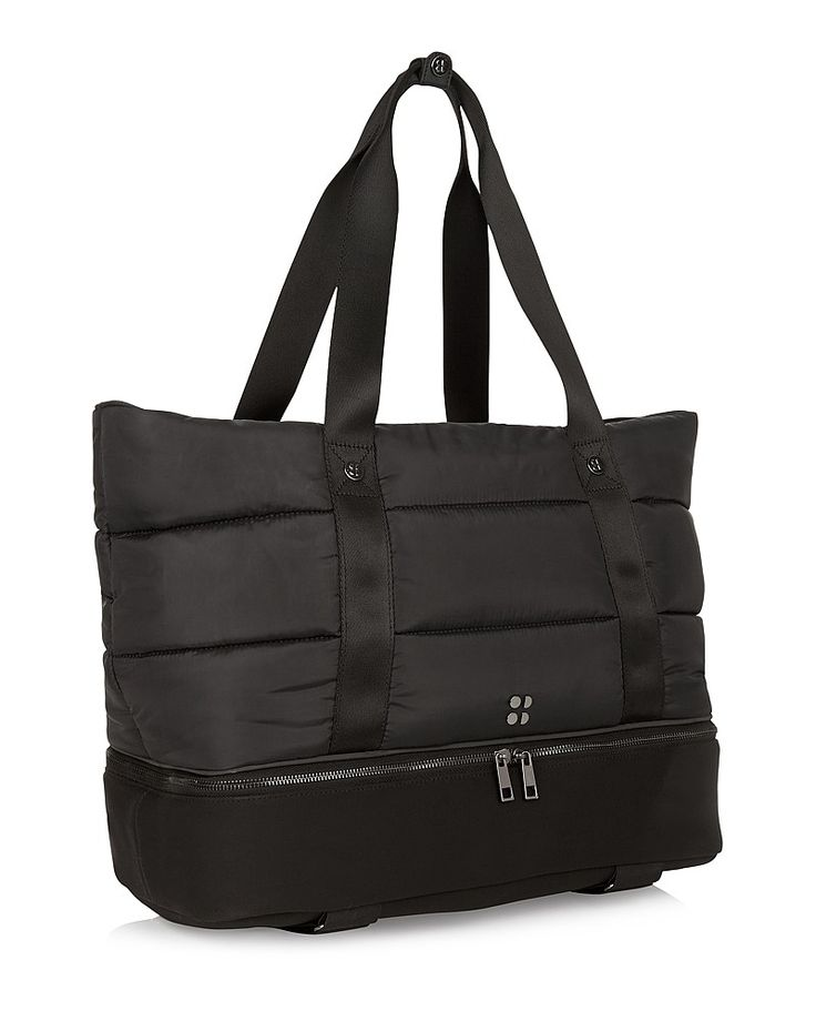 The ultimate transitional bag for bootcamp to brunch, the Luxe Gym Bag has a stunning quilted aesthetic crafted from premium woven fabric that stands the test of time. The zip-open base reveals a convenient wet kit pocket, while further internal pockets secure your water bottle and valuables.