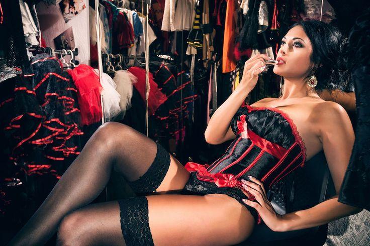 burlesque dancing_2