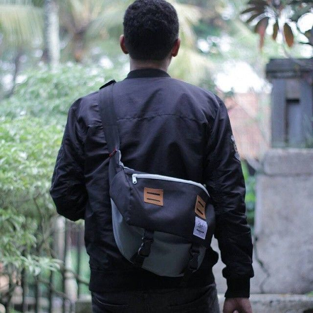 Our Famous Messenger Bag Grey-Black, travel with style, gear you up for urban style traveling, IDR 250.000  Order: +62-87722077877 Line: sfkgoods Pin : 7DA65779 Email: cub.bags@gmail.com Base from Bandung, #messengerbag #bag #cub #cubdignity #urbanoutfitters #vscocam #lifefolk #liveauthentic #modernoutdoorsman