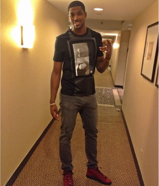 simple style with Red Balenciagas Ft.Tristan Thompson