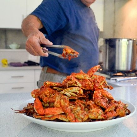 RECIPE: Linguini With Blue Claw Crabs in Red Sauce