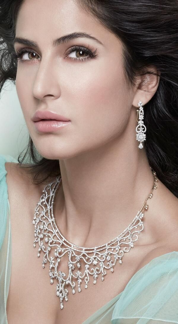Glowing & Glittering: Katrina Kaif or the jewellery? | PINKVILLA