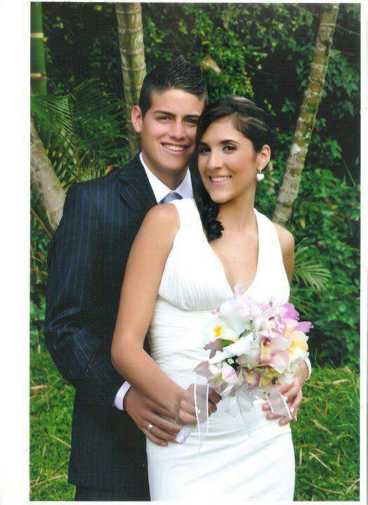 James  RODRÍGUEZ cuando se casó con su bella esposa Daniela Ospina!