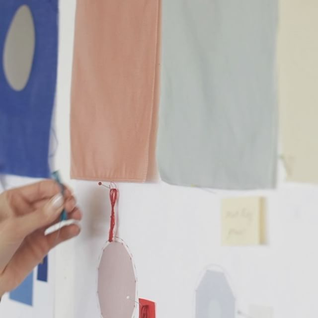 A glimpse into the making of the poetic textile installation SHIELDS by Studio Wieki Somers.  See it in our Milan showroom next week, or follow the link in bio to see the full video.  #kinnasandwiekisomers #salonedelmobile2017 #studiowiekisomers #shields #kinnasand #colour #textile #mobile #layers