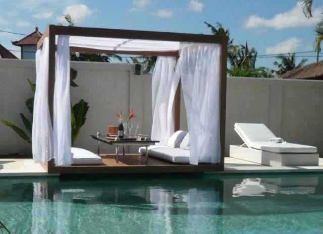 meubles de jardin chaise longue confortable pour la piscine