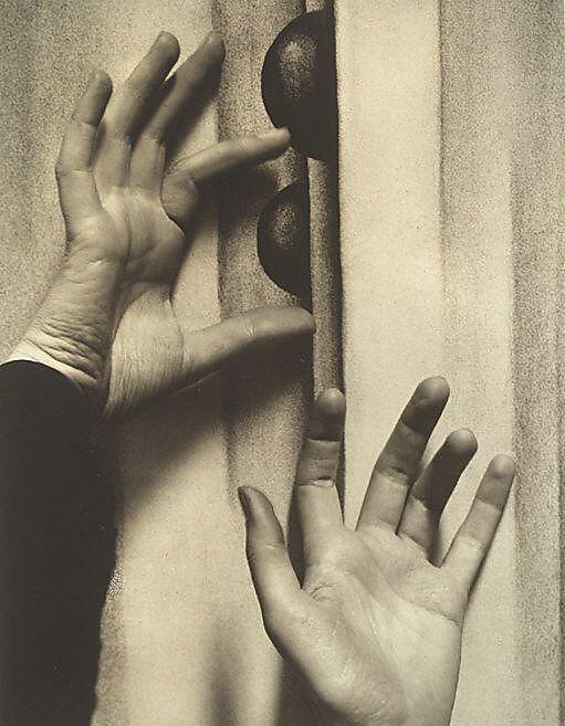 Georgia O'Keeffe – Hands  Alfred Stieglitz (American, Hoboken, New Jersey 1864–1946 New York)