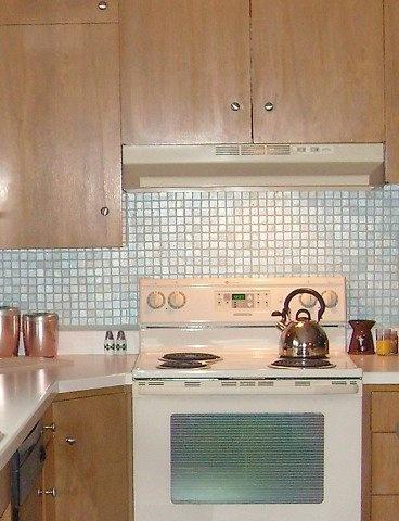 Painted tile Backsplash Painted tiles, Kitchens and House - alternative zu fliesen in der küche