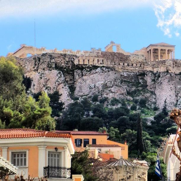 The view today of the iconic Acropolis from Monasteraki. #Padgram