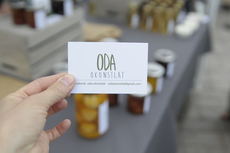 Creating a brand. Graphic design work for Oda Okonstlat, a Malmö based company creating organic food with fruit and vegetables from your garden, saving food from going to waste.
