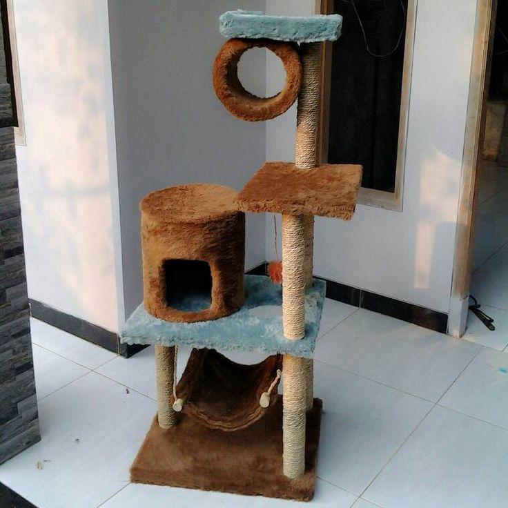 Cat scratching/cat condo/garukan kucing/mainan kucing/cat tree/cat toy. Kode JC 14 ukuran tinggi: 135cm lebar: 55X45cm Harga Rp.2.550.000 Kami menerima pemesanan CUSTOM ( mengikuti design keinginan anda atau dari design kami ) Hubungi kami : JL: Aselih Rt:10 Rw:01 Cipedak-Ciganjur Jagakarsa Jakarta-Selatan 12630 No:72 Telp: 087882372643 (Whatsapp)-02194653190 PIN BB 24E4F059, Line: shine_art3