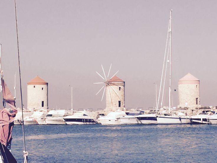 Rhodos stads hamn