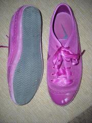 ΔΡΑΜΑΣ • Γυναικεία παπούτσια NIKE φούξια: Είναι σε πολύ καλή κατάσταση, γράφουν size W7 μάλλον 38, γιατί εγώ φοράω 39 και μου μπαίνουν αλλά…