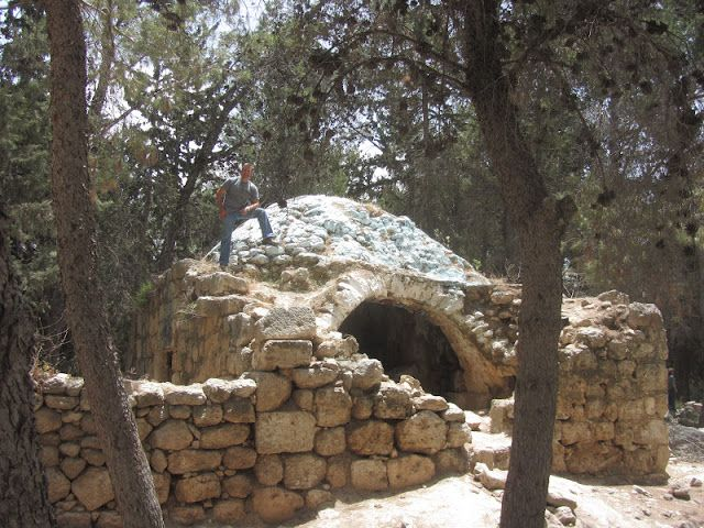 Huntsmans in the Holy Land: Tombs of the Maccabees