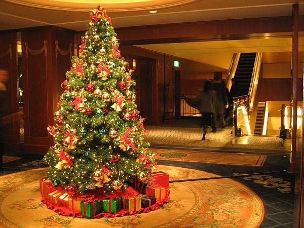1000+ images about Gold And Silver Christmas Decoration on ...