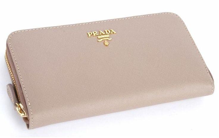 Prada Wallet in *cera* <3
