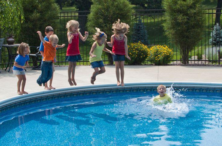 Basen w ogrodzie, czyli jak wybrac najlepszy i jak o niego właściwie i profesjonalnie dbać - http://www.novae.com.pl/basen-w-ogrodzie-czyli-jak-wybrac-najlepszy-i-jak-o-niego-wlasciwie-i-profesjonalnie/