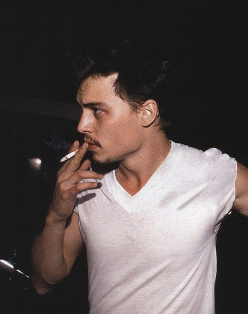 I know its bad but theres just something about a hot guy smoking.....