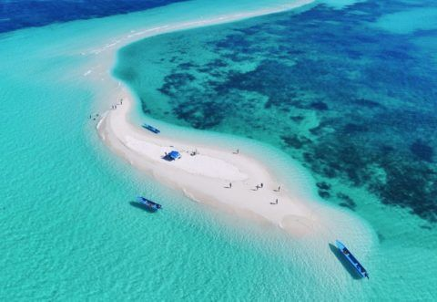 Pantai Ngurtafur – Pantai Putih Terindah di Dunia Kepulauan Kei Maluku Tenggara