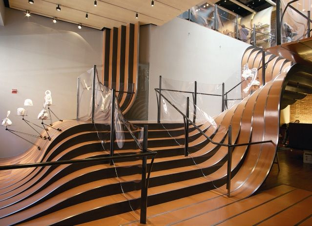 """Creative """"floating"""" stairs designed by Florence architect Guido Ciompi for The Gray Hotel in Milan, Italy"""