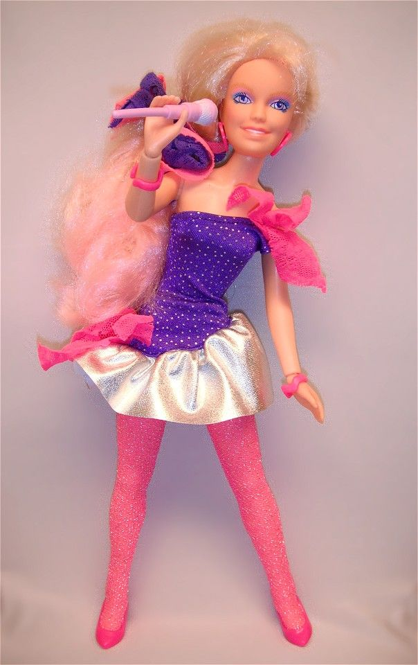 Rock 'n Curl Jem doll. I loved this outfit! Haha