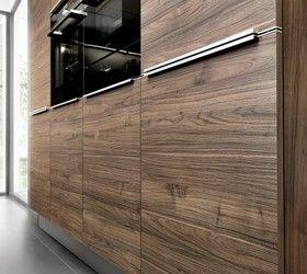 Cuisine en stratifié gris FEEL 965 et mélaminé bois ARTWOOD 22R - Porto Venere