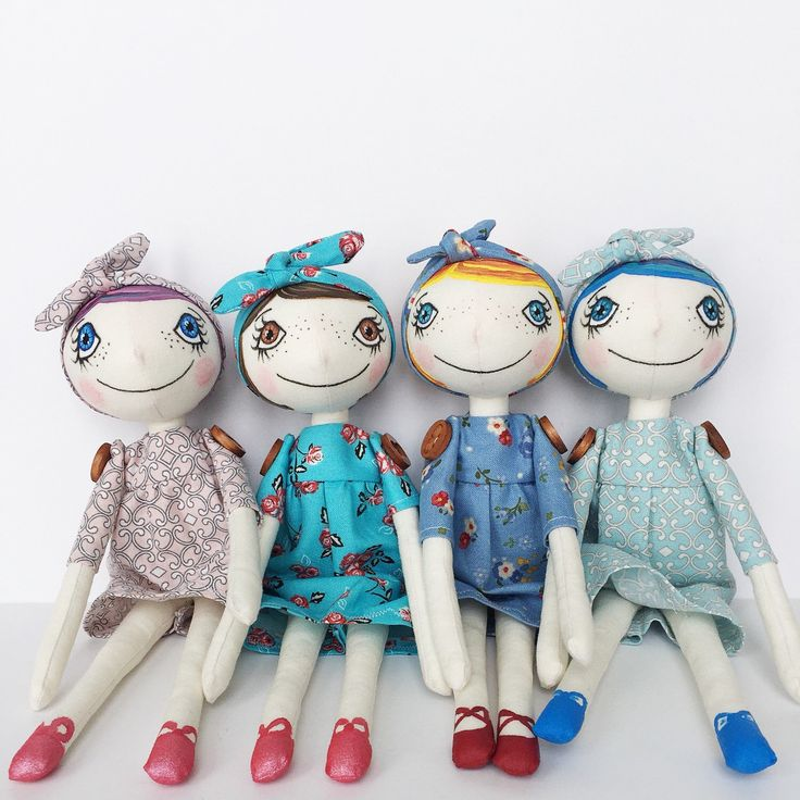 OhZuzana handmade and handpainted cloth art dolls. Beautiful addition to a collection or for decorating. Each is one of a kind piece.  #ohzuzanadolls #handmadedolls #handpainteddoll #clothartdolls #clothdoll #artdoll #dollmaker #ooakdoll #bigeyedoll