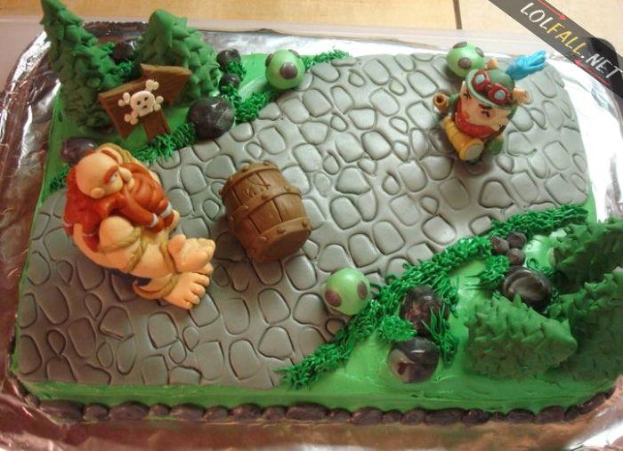 League of Legends Cake