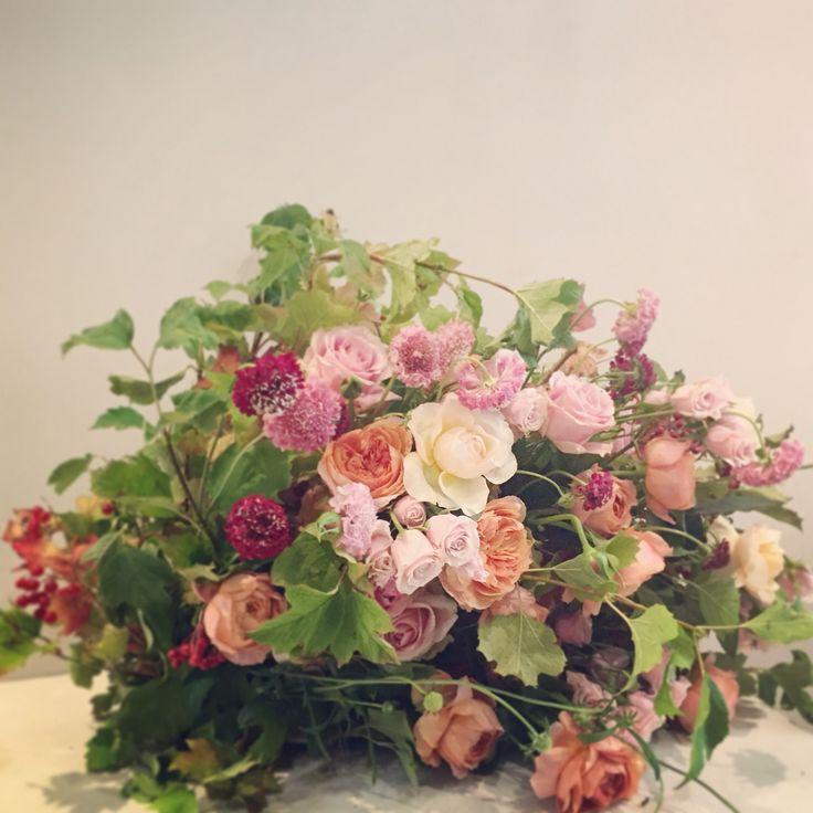 Rose garden arrangement - Catherine Muller Flower School in London and Paris