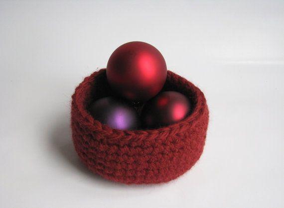 Crochet Basket Christmas Red Medium by AGirlNamedMariaDK on Etsy