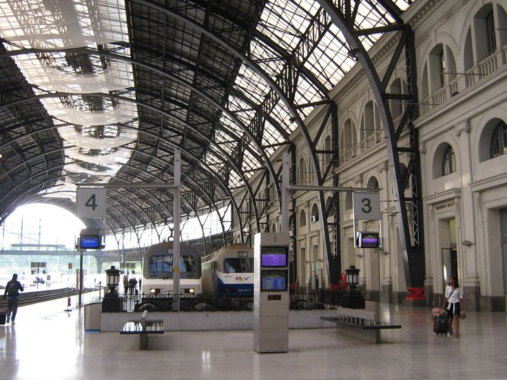 barcelona train station