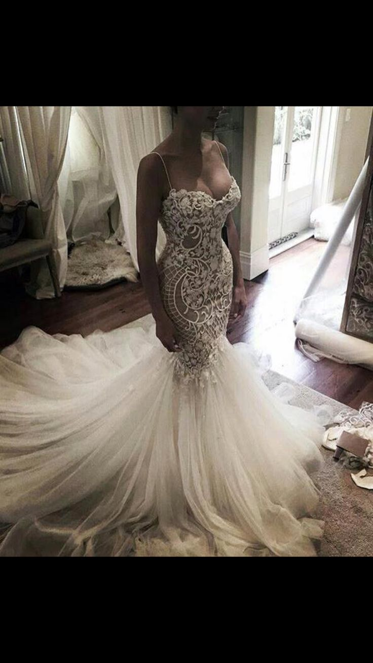 Oh my goshhhh this dress! Where do I find this?!