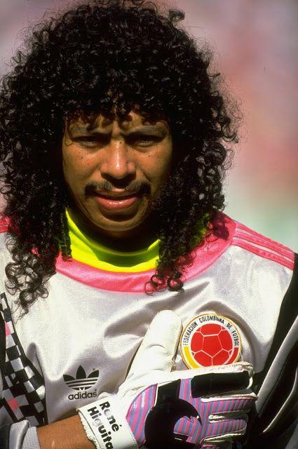 Rene Higuita: Arquero colombiano, nacido en Medellín (Antioquia). Jugador histórico de la selección Colombia.