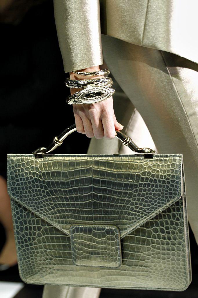 #Armani Prive #Handbags: Fashion, Style, Clutches, Green Handbags, Totes Bags, Accessories, Design Pur, Armani Concerns, Armani Privé