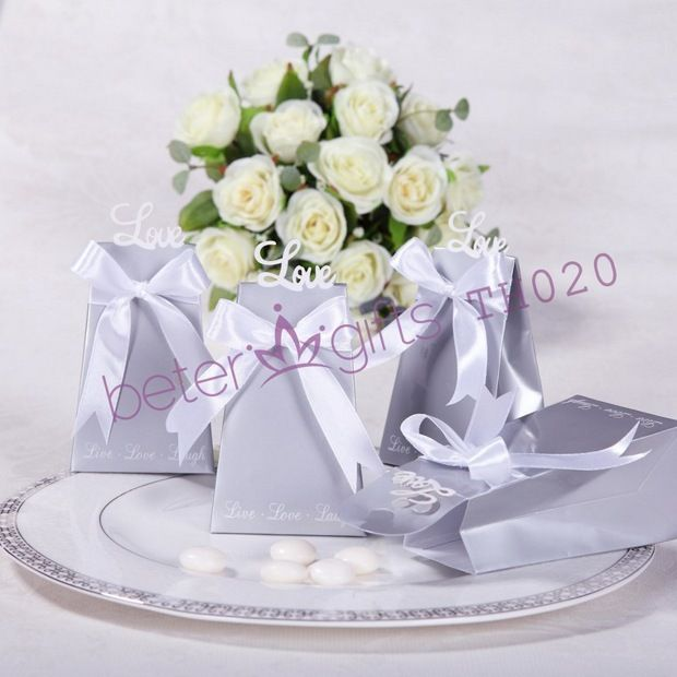 BeterWedding Wholesale Forever Love Icon Wedding Favor Box BETER-TH020    #weddingfavorbox #candybox #weddinginspirations