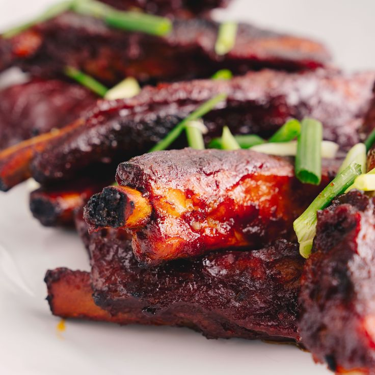4-Ingredient Sticky Ribs