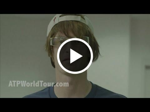 Andy Murray Pranks Tennis Fans in America  http://tunechannel.tv/mxjmdoxk6sk/andy-murray-pranks-tennis-fans-in-america?ep=1