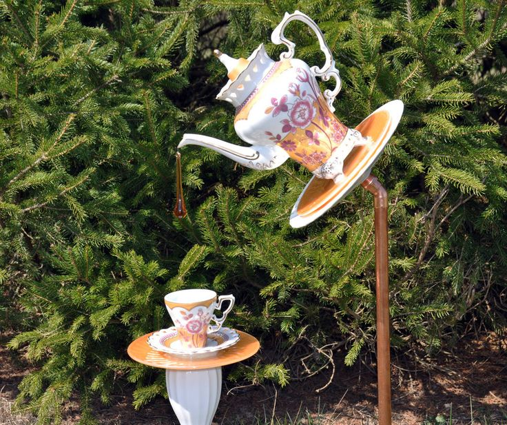 """TeaPot Cup Saucer Glass Plate Flower Garden Yard Art Sculpture """"Golden Palace"""" #MothersDay"""