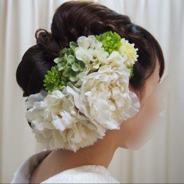 横から♡ お花モリモリ*\(^o^)/* #和装前撮り#和装#白無垢 #髪型