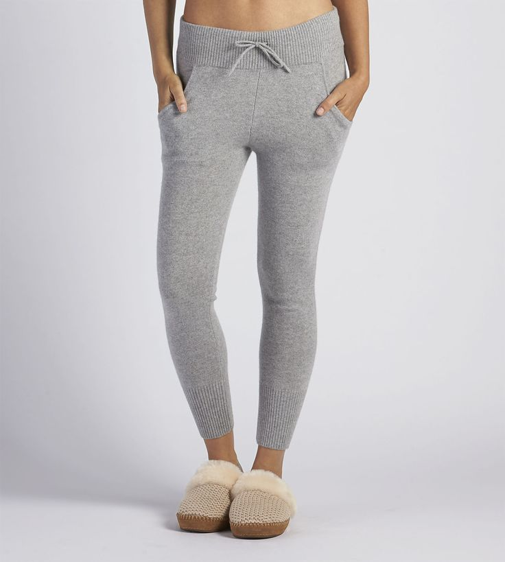 Shop our collection of women's jogger pants including the Helen. Free Shipping & Free Returns on Authentic UGG® jogger pants for women at UGG.com.