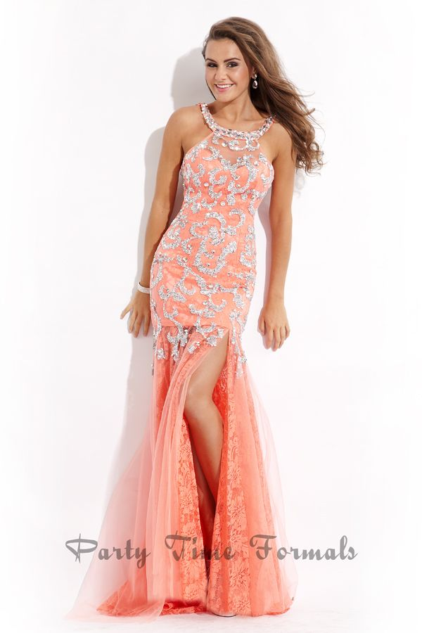 Beautiful Coral #prom #dress