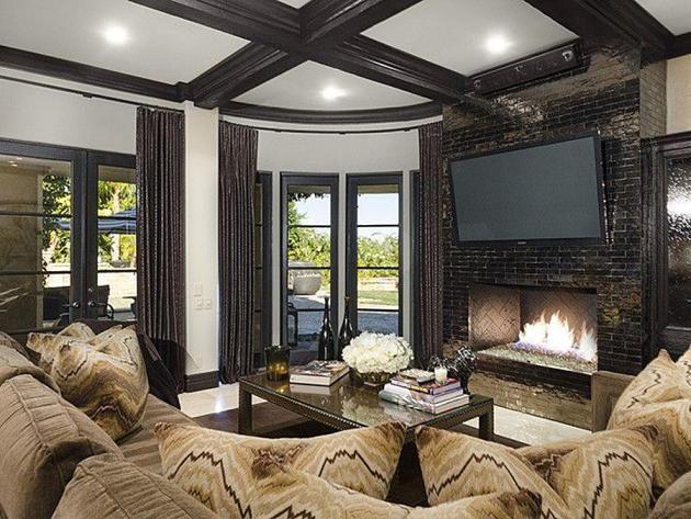 Khloe Kardashian Living Room