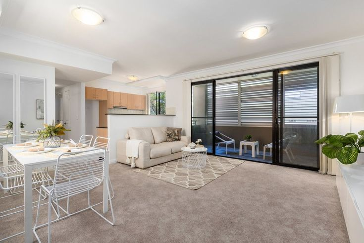 Real Estate For Lease - 6/32 Beach Road - Bondi , NSW