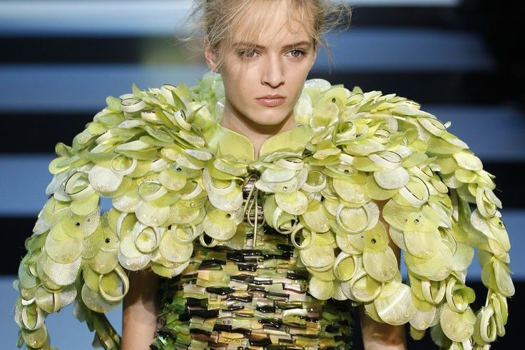 Paris Fashion Week: Armani Privé Turns to Nature for Latest Collection [PHOTOS]
