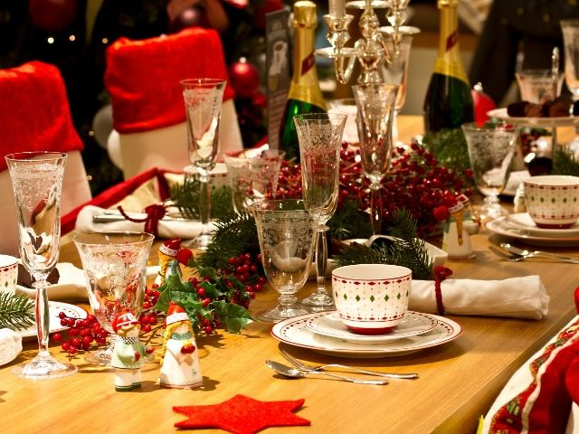 Kakiye blyuda dolzhny byt' na novogodnem stole 2017 goda