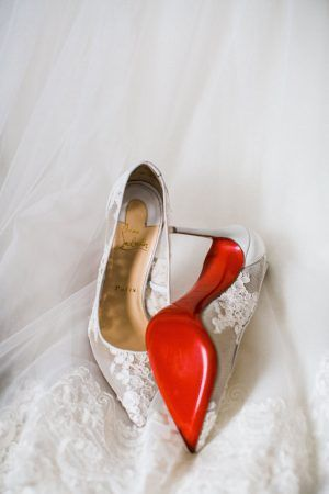 Lace wedding shoes - Style and Story Photography
