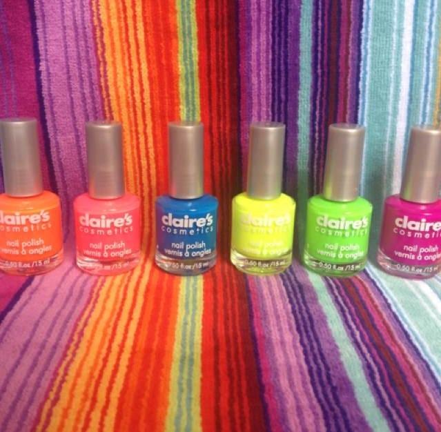 #Pinturas a la #Moda marca #Claires de colores #Fluorecentes Búscalas en MissPink!!
